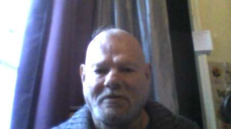 HOMME GAY 60 ANS